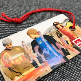 hangkaartje-hangtag-swingtag-prijskaartje-karton-foto-fcbedrukt-fullcolor-kledinglabel-merknaam-labellegendz